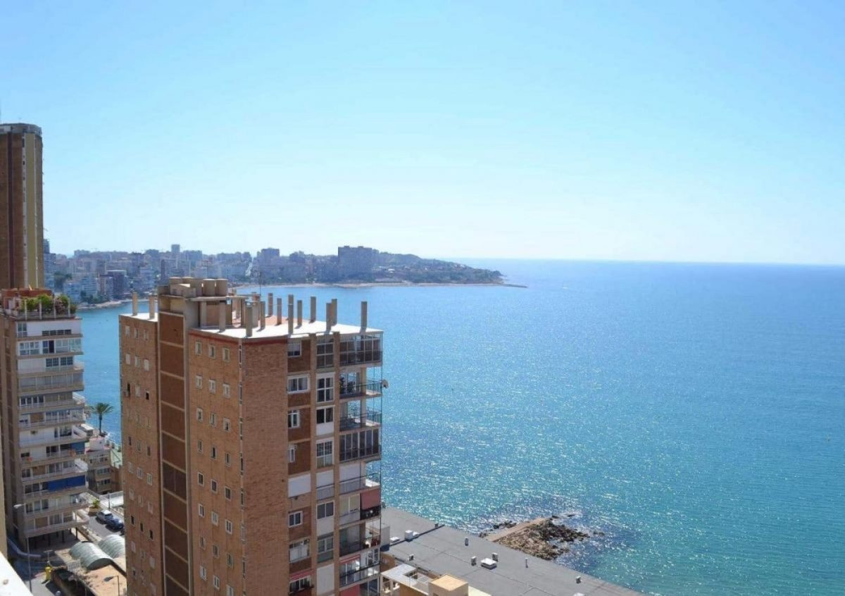 Apartment For Sale in front of Albufereta Beach